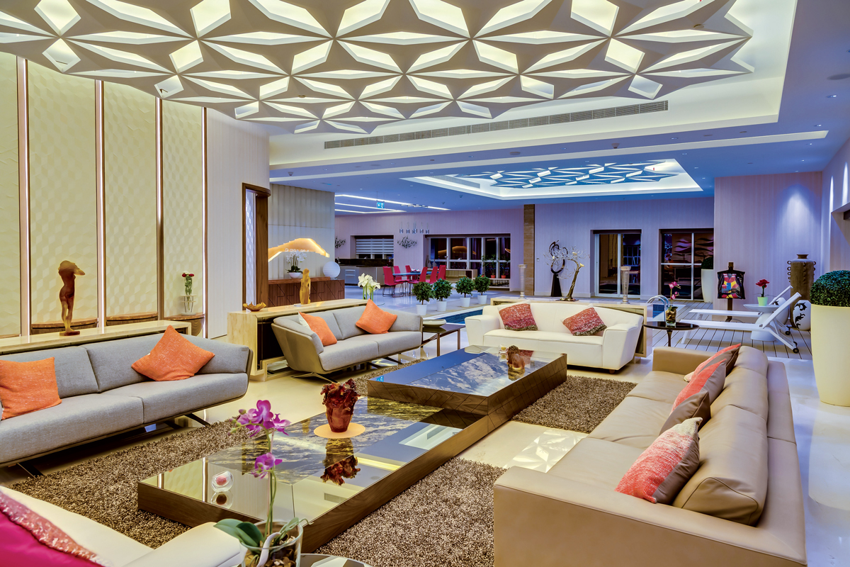 Living the high life international property travel for Dubai decoration interieur