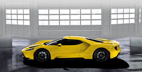 Almost%20200,000%20fans%20visited%20www.FordGT.com_s%20virtual%20configurator%20in%20one%20month[1]