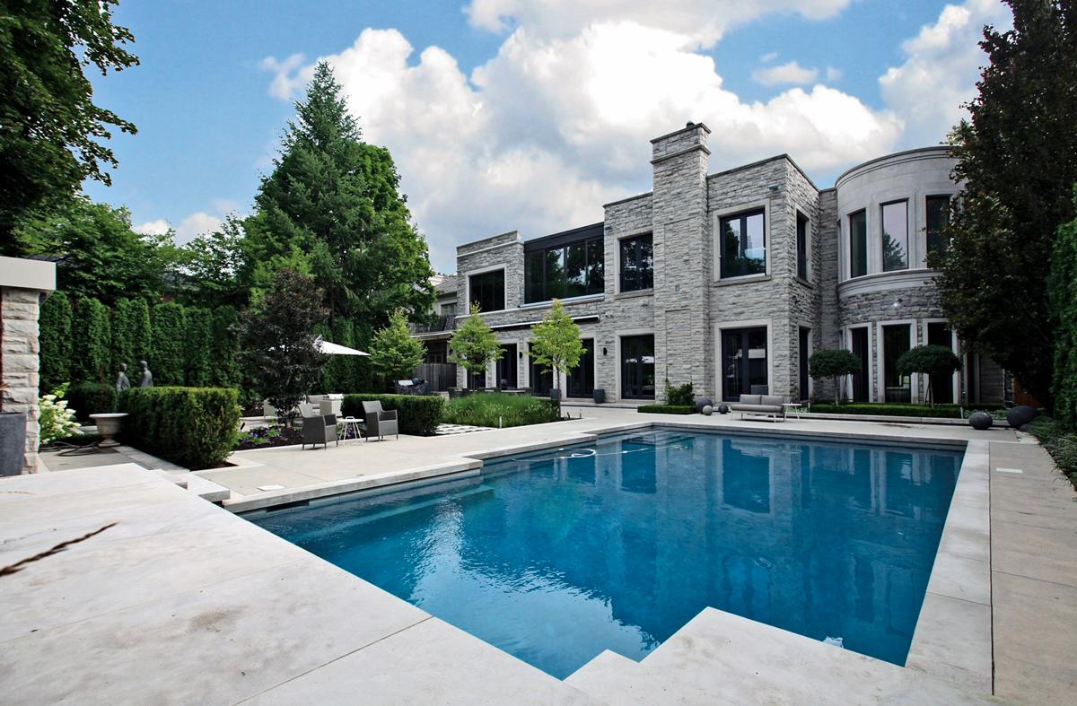 Four stunning properties located in ontario canada - Jubilee hills international swimming pool ...