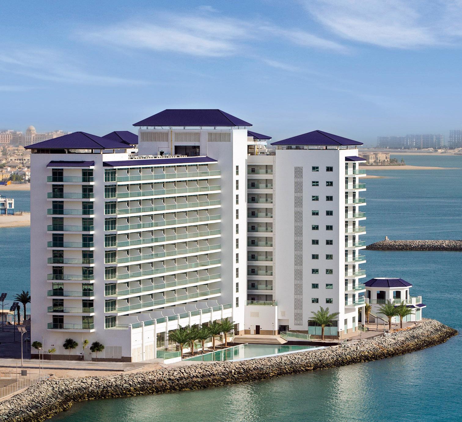 Stunning Homes With Fabulous Views Of The Arabian Gulf In Dubai