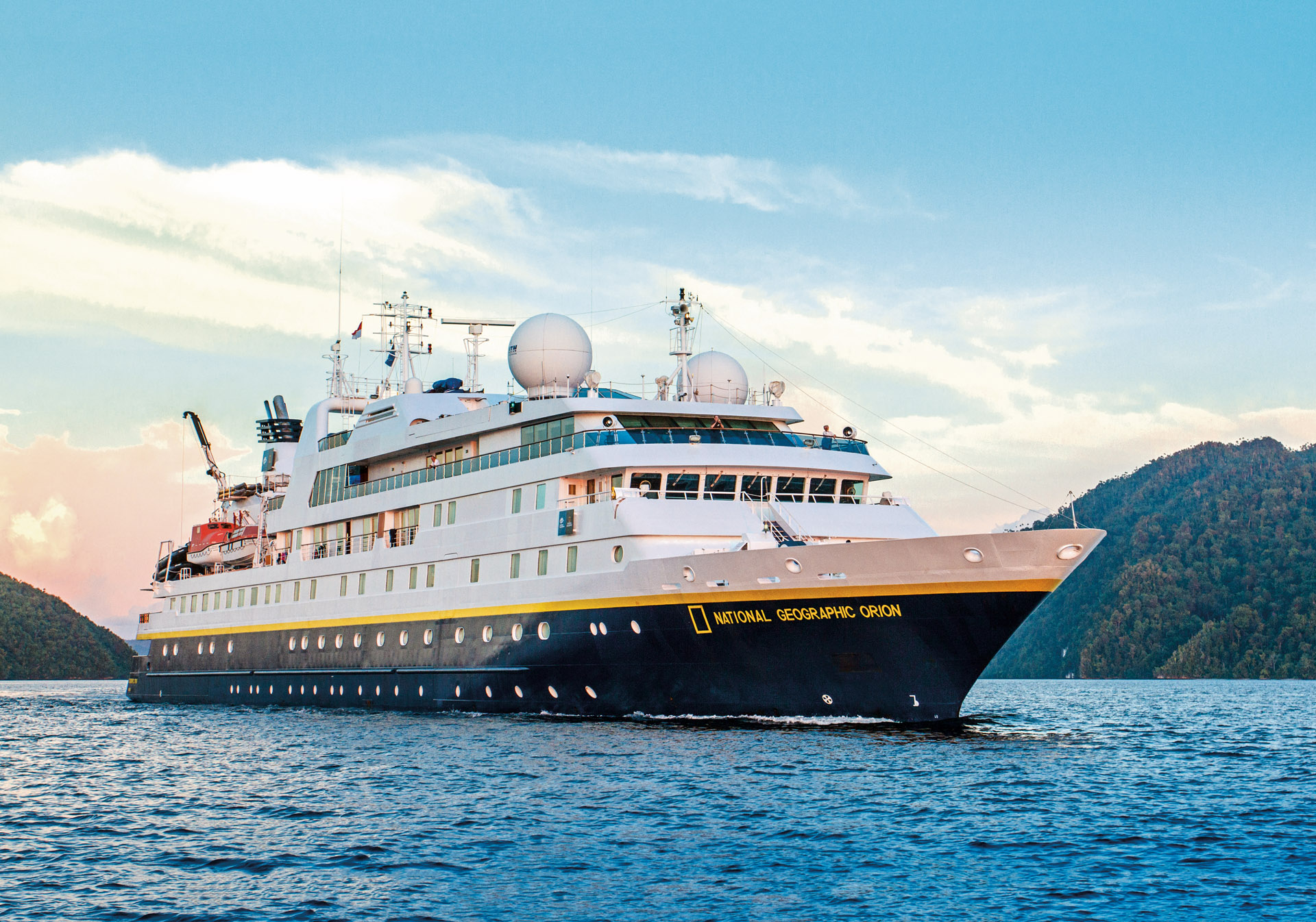 Luxury small cruise ships provide greater accessibility for Small cruise ship lines